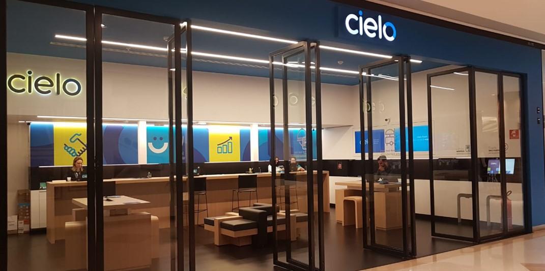 Imagem da fachada de uma das lojas da Cielo